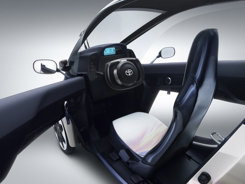 toyota-i-road-concept-car_100420694_l