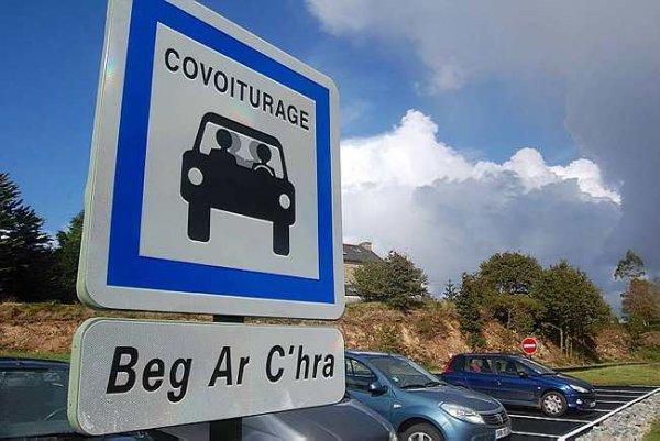 En Bretagne, les aires de covoiturage ont la cote !
