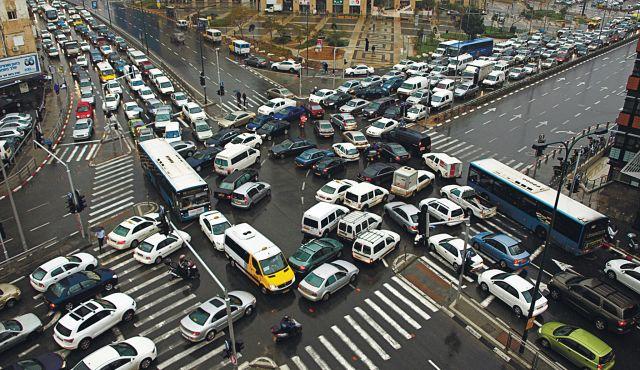 Comment les grandes villes Américaines économisent des millions de dollars grâce à l'autopartage !